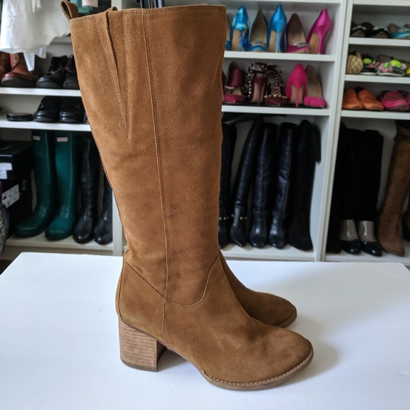 Blondo Nikki Brown Suede Heel Boots